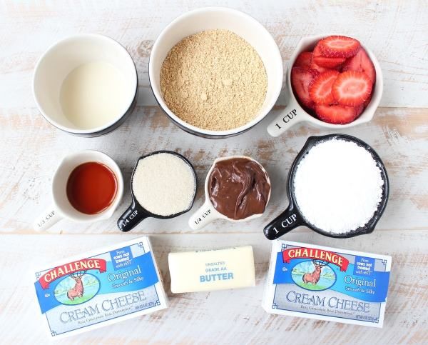 Frozen Strawberry Cheesecake Bars Ingredients