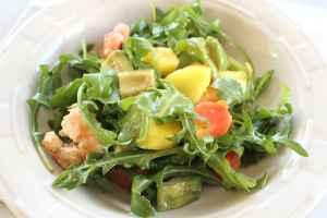 Mango Papaya Shrimp Salad