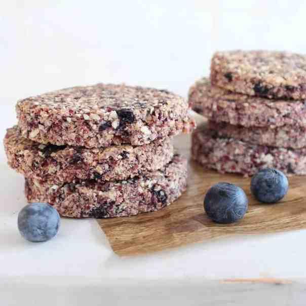 Heart Healthy Oatmeal Berry Granola Bars