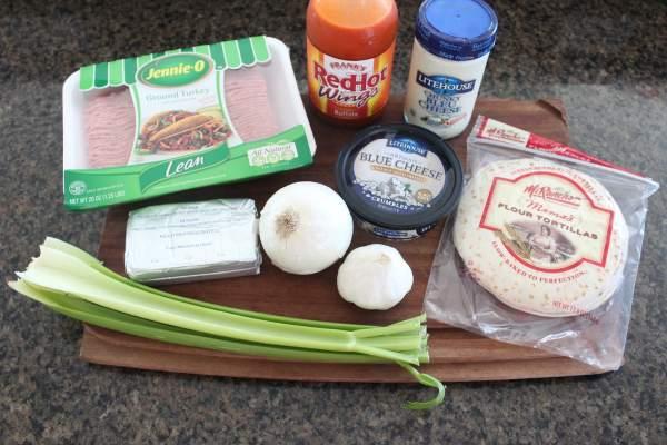 Cheesy Buffalo Turkey Flatbread Ingredients