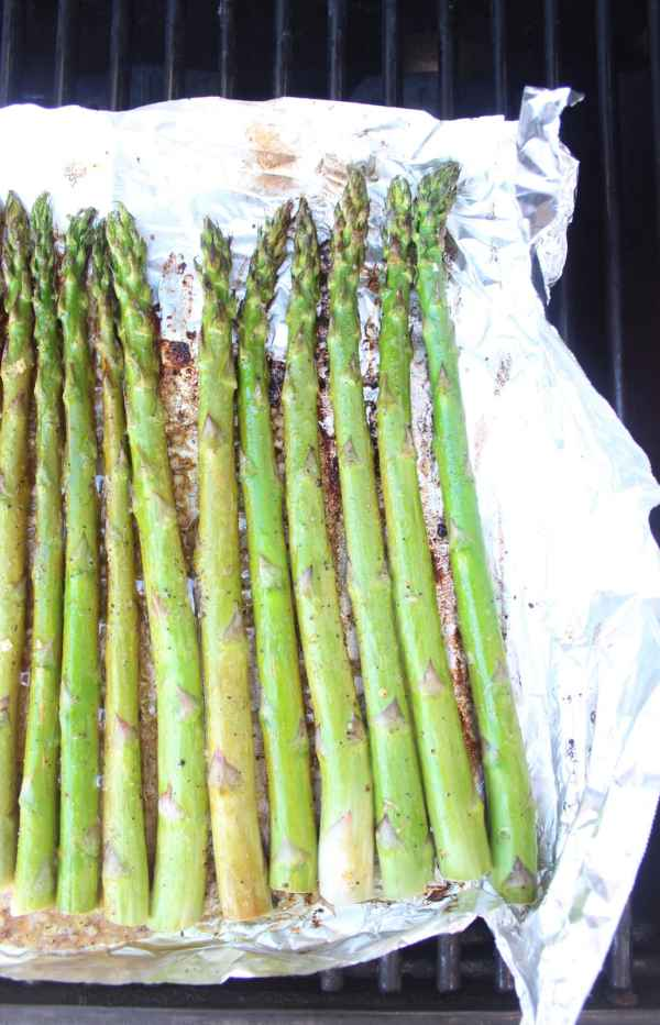 Garlic Lemon Grilled Asparagus Recipe