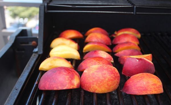 Grilled Peach Balsamic BBQ Sauce Recipe