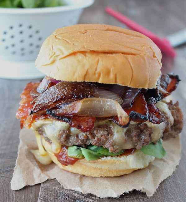 Caramelized Onion Bacon Brie Cheeseburger Recipe