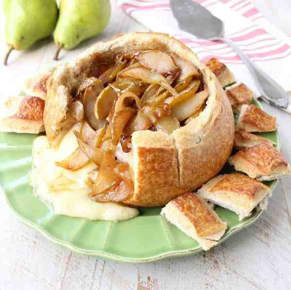 Baked Brie Amp Caramelized Pear Sourdough Bread Bowl Recipe