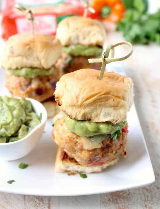 You're going to love these fajita meatball sliders on hawaiian rolls with pepper jack cheese & creamy guacamole! They're easy to make in under 30 minutes!