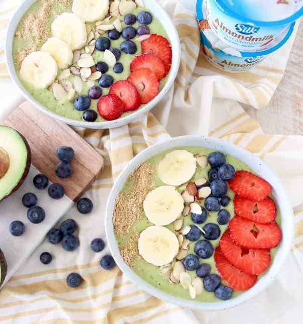 Vegan Avocado Smoothie Bowls