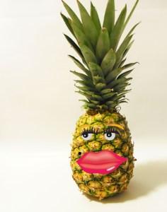 diy pineapple photography