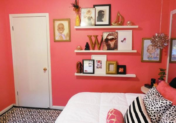 small-pink-teen-bedroom-4