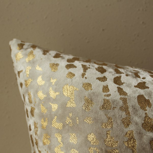 champagne velvet pillow | gold metallic pillow | champagne metallic pillow | champagne gold pillow | gold metallic pillow | gold velvet pillow
