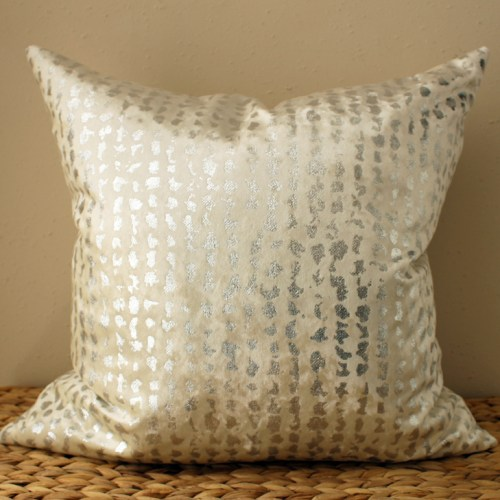 white velvet pillow | silver metallic pillow | white metallic pillow | metallic silver pillow | silver velvet pillow | cream velvet pillow | cream metallic pillow
