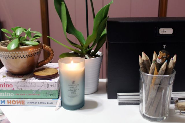 chesapeake bay candle review | highly scented candles review | candles roundup | scented decorative candles | pretty container candles that smell good