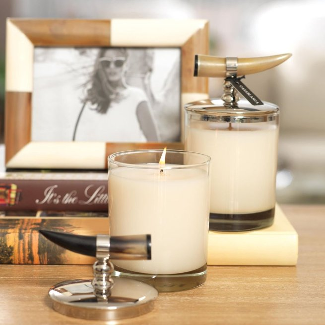 coconut mango scented candle with horn lid 3
