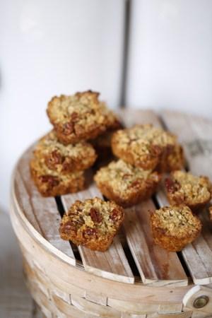 Cinnamon-Pecan Granola Bars