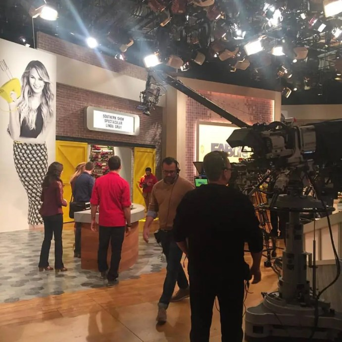 Behind the scenes - Whitney on FabLife with Chrissy Tiegen