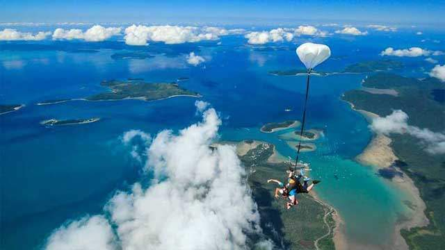 Free-fall Skydive Over The Whitsunday Islands