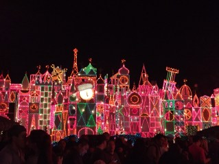 """""""it's a small world"""" Holiday!"""