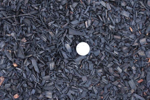 black woodchips