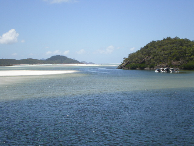 Hill Inlet raft-up