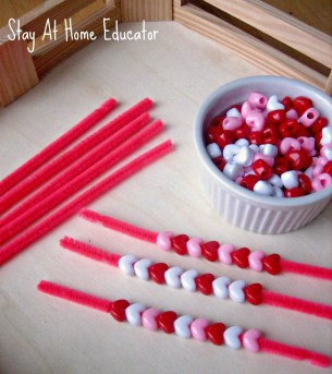 patterning-and-fine-motor-practice-in-montessori-inspired-preschool-tray-stay-at-home-educator-887x1000