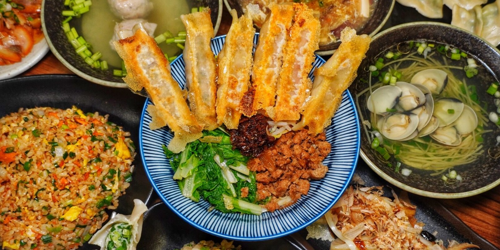 嘉義民雄美食【十里洋場鍋貼專門店】你吃過大阪燒鍋貼嗎!?主打多種口味的特色鍋貼店