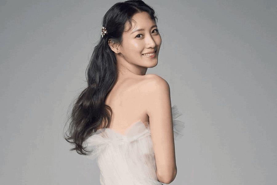 South Korean Actress Claudia Kim Joins YG Entertainment