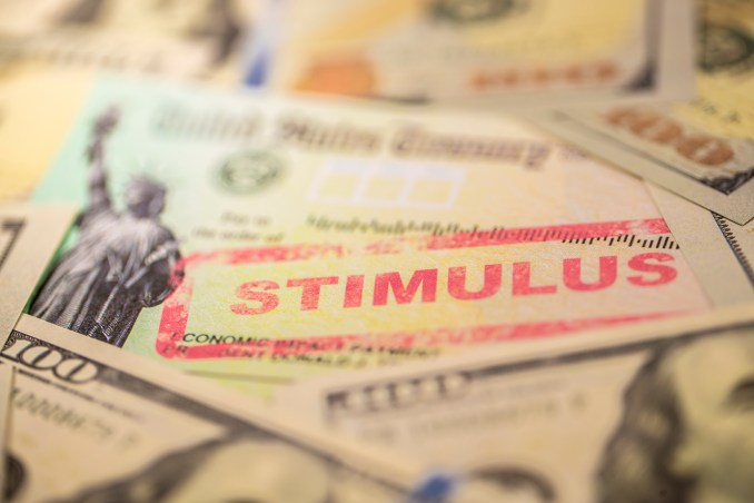 Financial coach offers tips on what to do with stimulus check