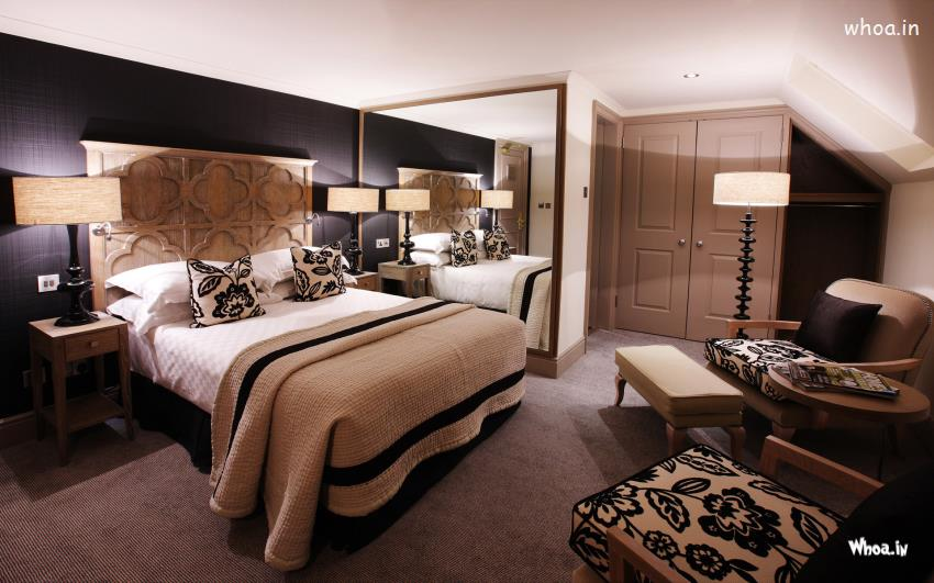 Classical Luxurious Dark Bedroom With Dark Farnichar