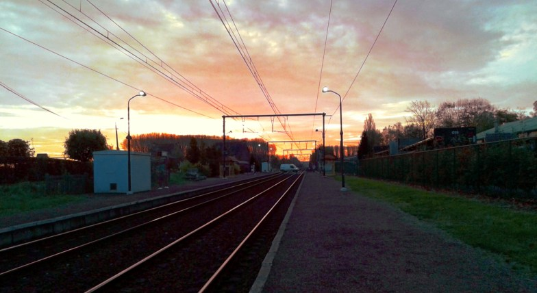 sunrise at hambos railway station .. (click to enlarge ..)