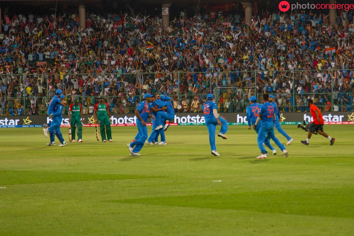 team-india-celebrates-india vs bangladesh