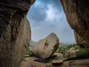 nathaniel-coleman-climbing-hampi