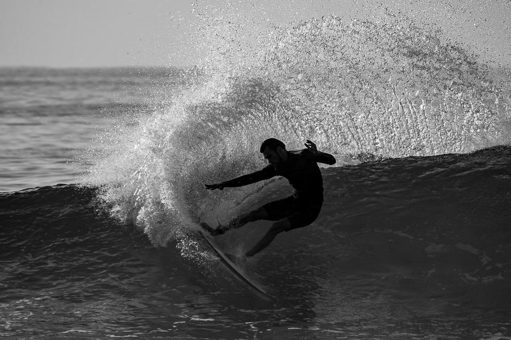 Surfer Marlon Gerber in Action - Surfing Bali