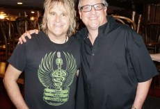 Mike Peters The Alarm