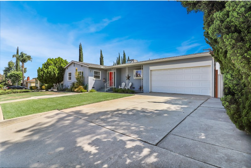 Just Listed for sale | 429 S San Mateo St, Redlands CA 92373 | Offered by Thomas Jackson, Redlands Real Estate Guy