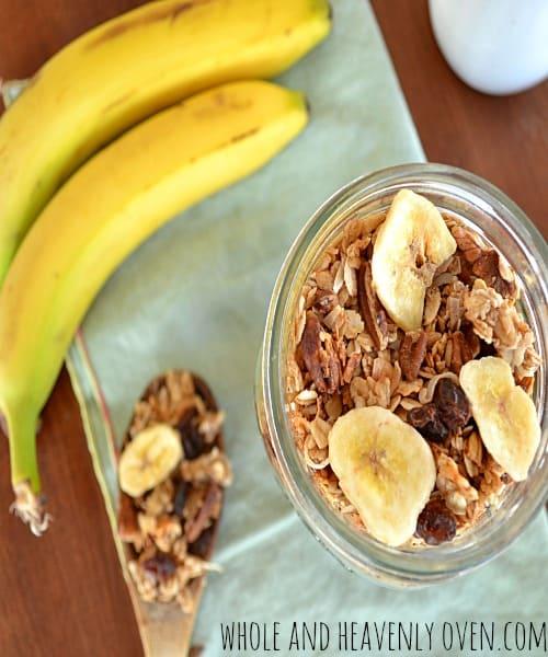 Banana Pecan Granola | wholeandheavenlyoven.com