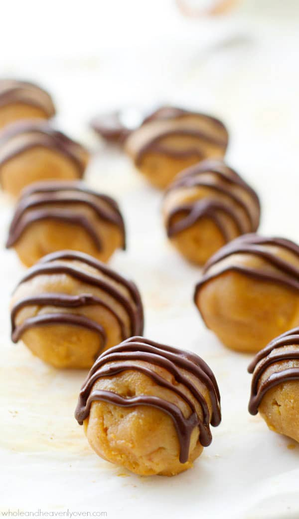 These addicting truffles taste exactly like a peanut butter cup and candy-lovers will never guess that they're made healthy with only 6 ingredients in less than 20 minutes! @WholeHeavenly