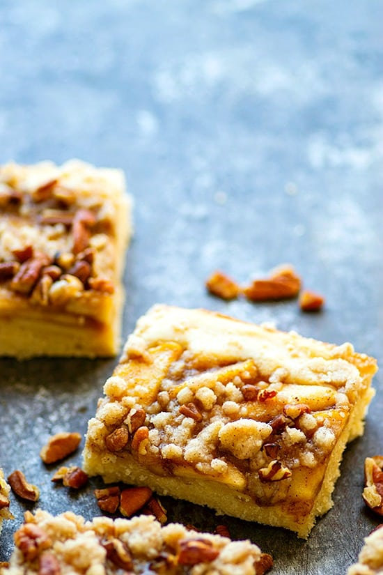 Maple Pecan Apple Buckle - Three layers of soft maple cake, tender sauteed apples, and buttery crumb topping collide in this indulgent maple pecan apple buckle that's perfect for ANY fall occasion!