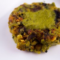Lentils, Green Beans, Spinach and Broccoli Dry Curry (Bele Palya/Paruppu Usili) - 3 New Ways to Serve