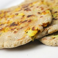 Cauliflower (Gobhi) Tofu Stuffed Quinoa Flatbread/Paratha
