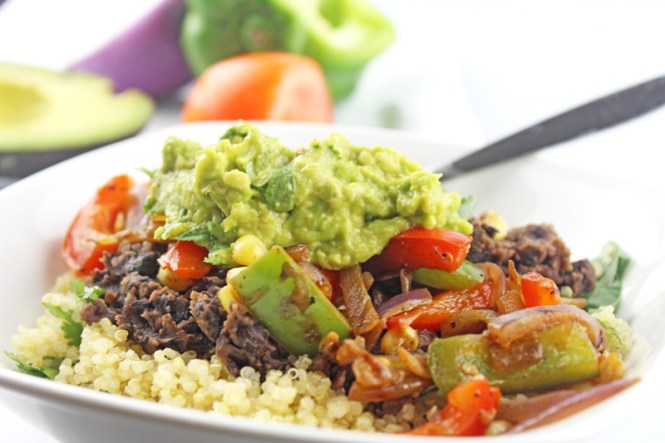 Mexican-Quinoa-Burrito-Bowl-1