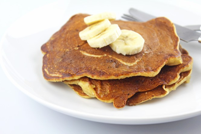 Whole-Wheat-Banana-Pancakes-3