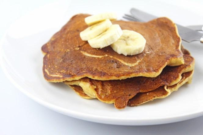 Whole-Wheat-Banana-Pancakes-3