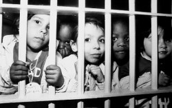 Kids see what a jail cell is like on Staten Island.