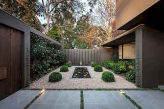 69 affordable low maintenance front yard landscaping ideas