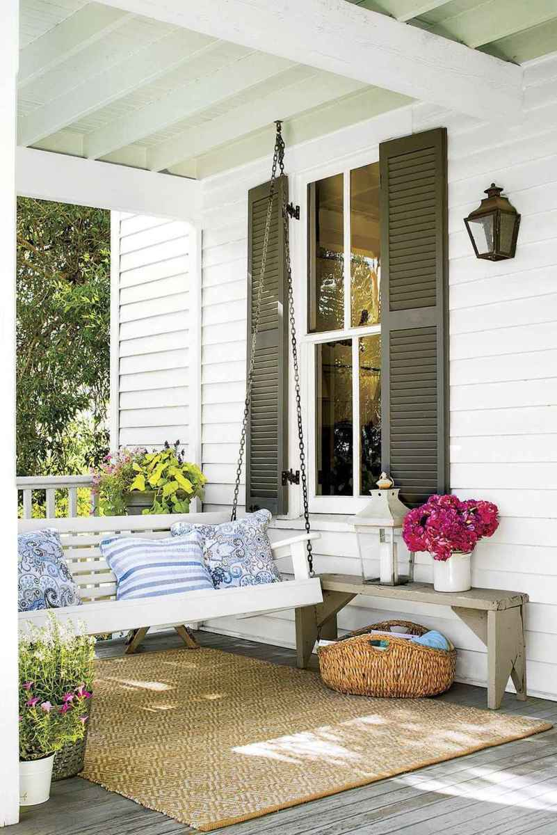 13 hang relaxing front porch swing decor ideas