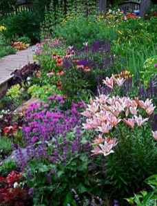 18 beautiful front yard cottage garden landscaping ideas