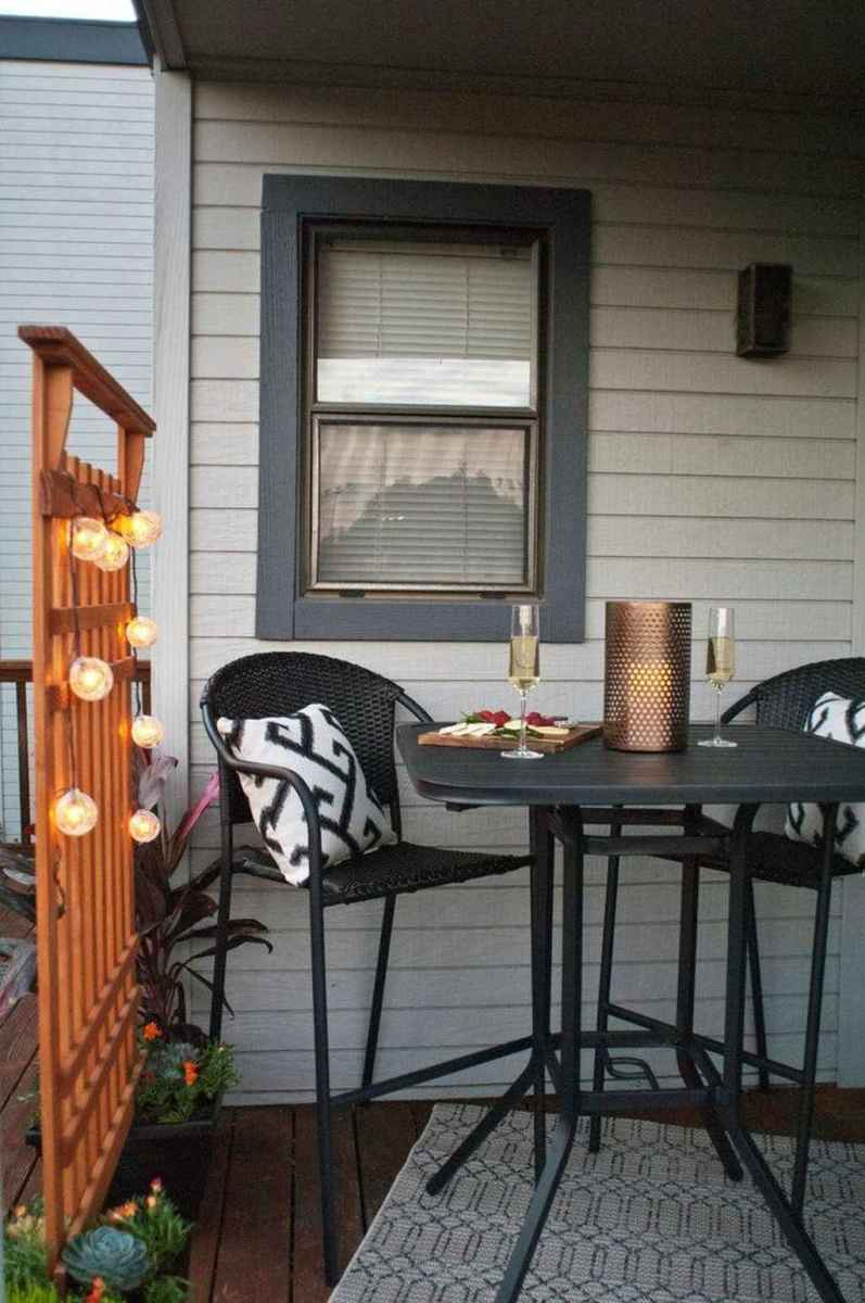 29 awesome summer front porch decorating ideas for farmhouse style