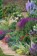 31 beautiful front yard cottage garden landscaping ideas
