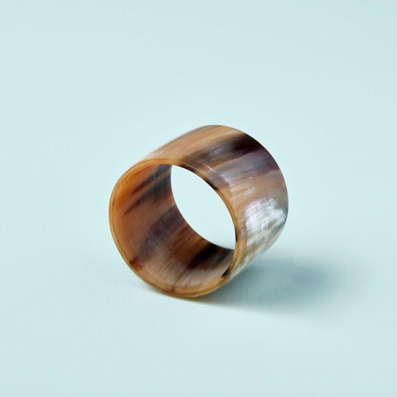 Light Horn Napkin Ring