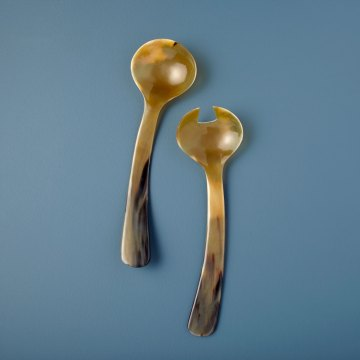 Horn Bowed Serving Set