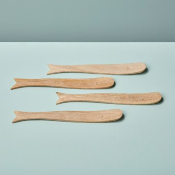 Natural Mango Wood Whale Spreaders, Set of 4